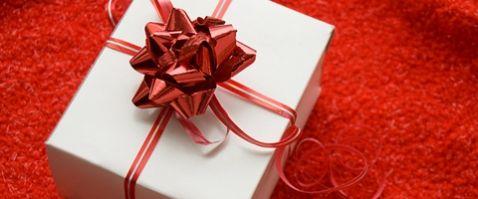 ... viszont fordítva ez már szerencsére elég ritka eset így a férfiak nagy  része a legkisebb ajándékoknak és kedveskedésnek is nagyon tud örülni. 9346b6e159